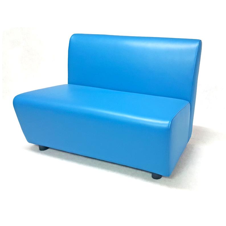 Sof cl sico sillas mesas hosteler a for Sofa exterior plegable
